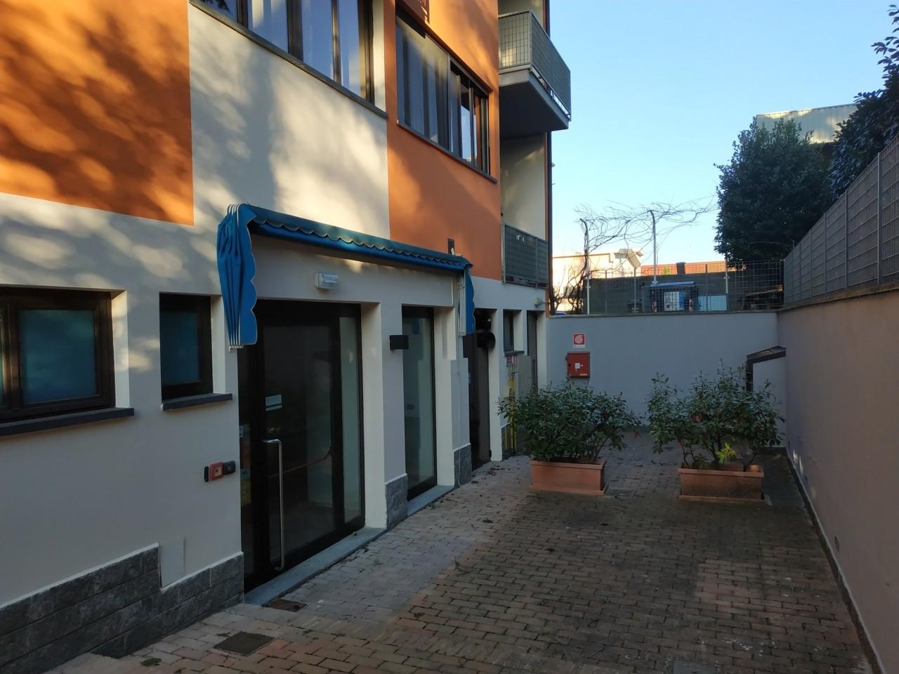 Locale commerciale - 1 Vetrina a Sala Baganza Rif. 9889626