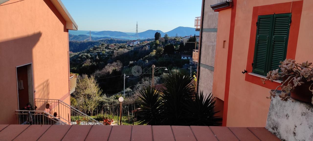Soluzione Semindipendente in vendita a Vezzano Ligure, 5 locali, prezzo € 79.000 | PortaleAgenzieImmobiliari.it