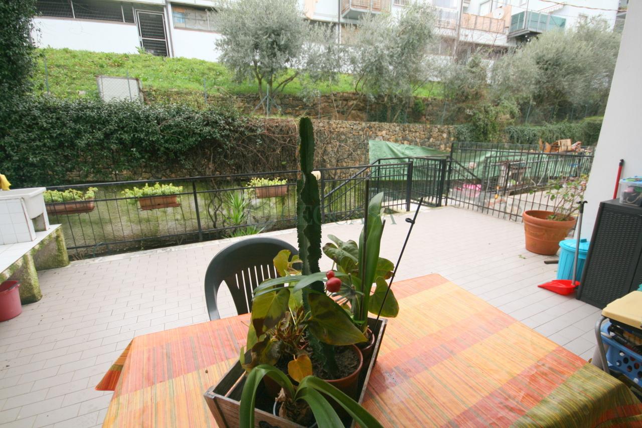 Appartamento in vendita a La Spezia, 4 locali, prezzo € 230.000   CambioCasa.it