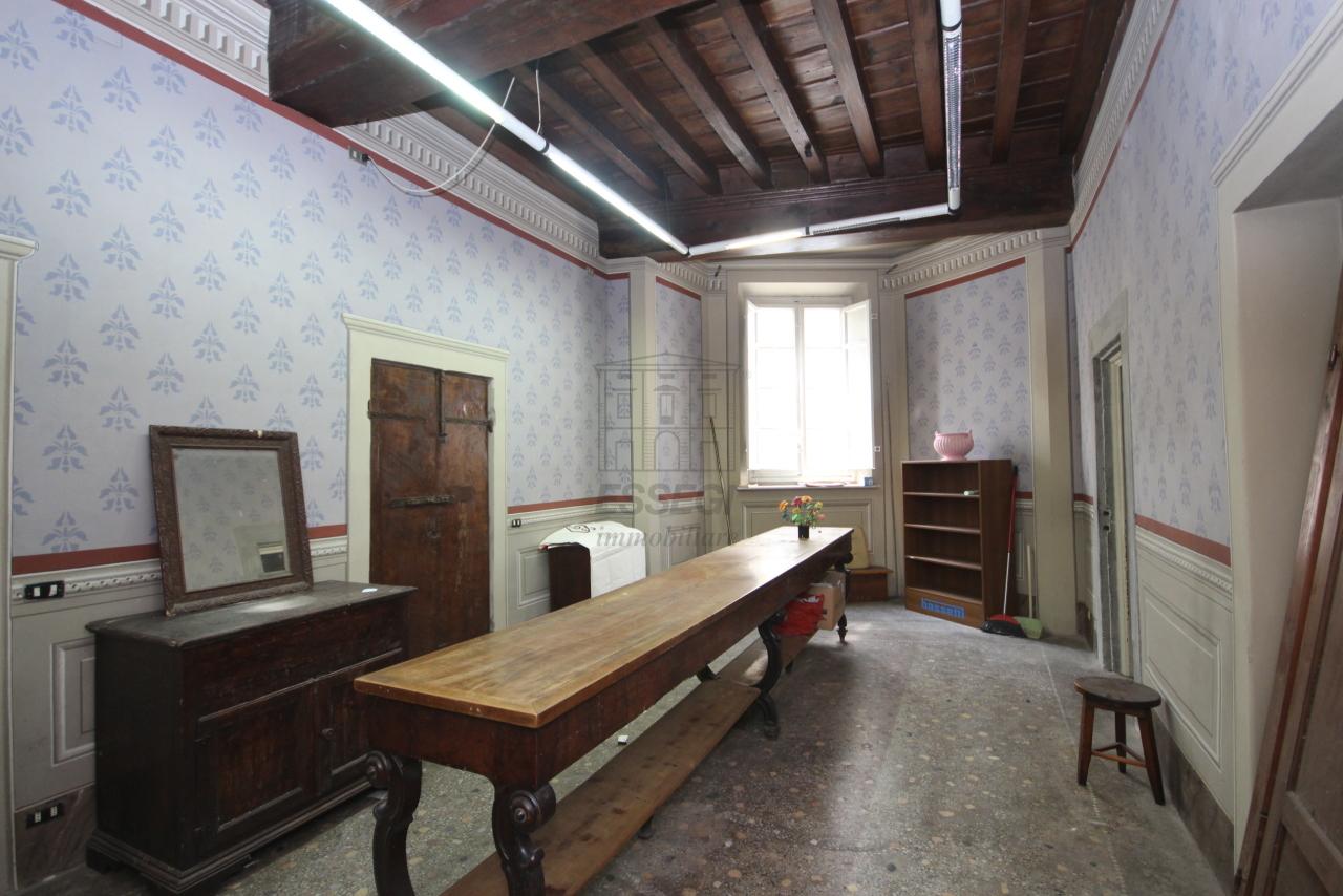 Appartamento Lucca Centro storico IA00538 img 14
