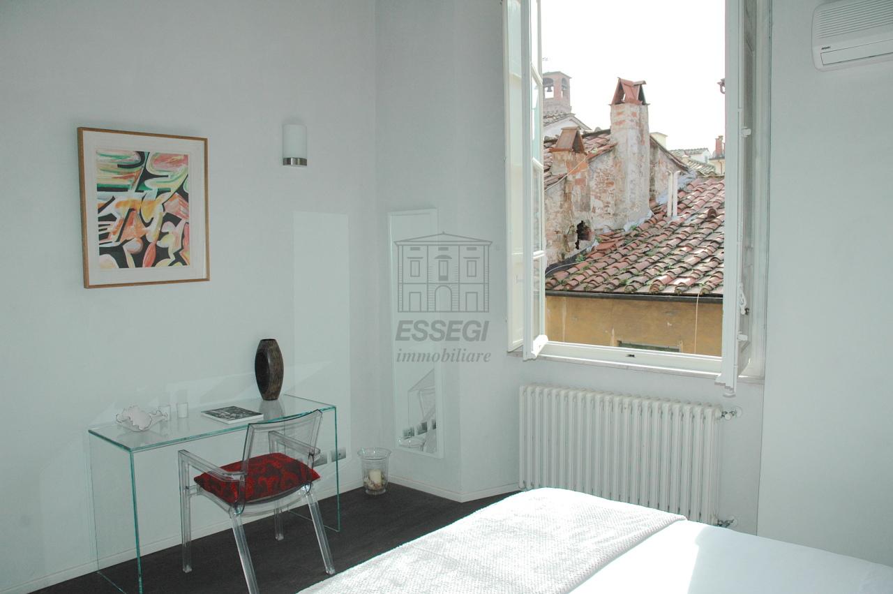 Appartamento Lucca Centro storico IA00962 img 18
