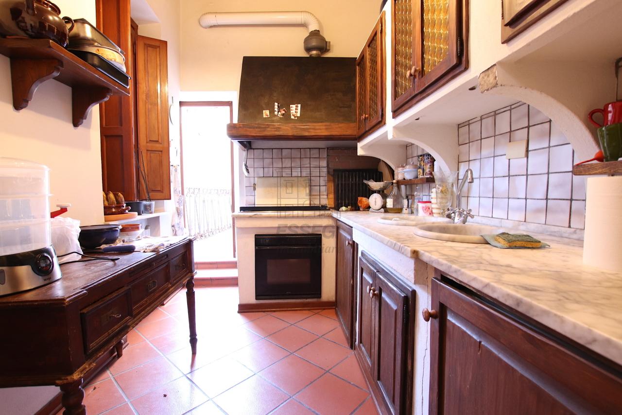 Appartamento Lucca Centro storico IA00362 img 10