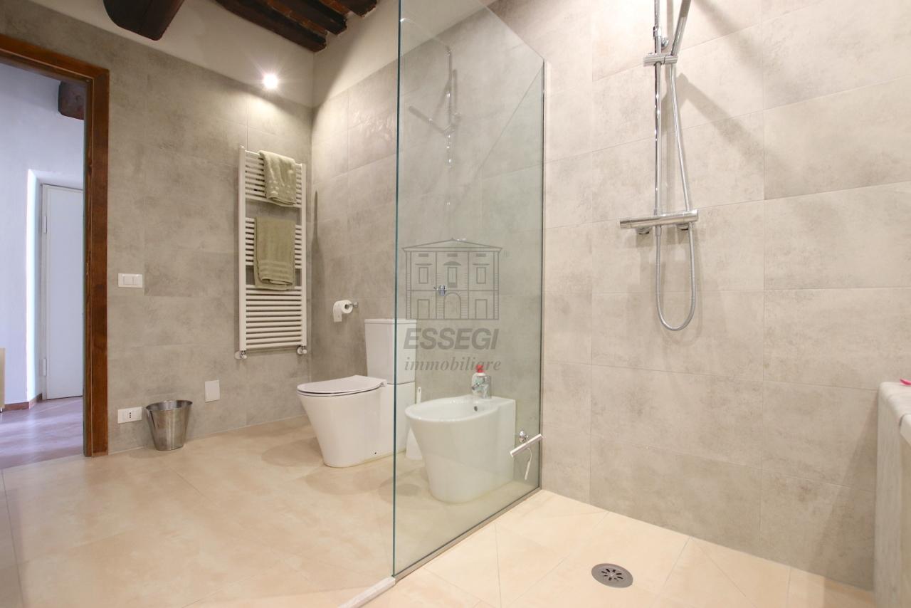 Appartamento Lucca Centro storico IA01844 img 8