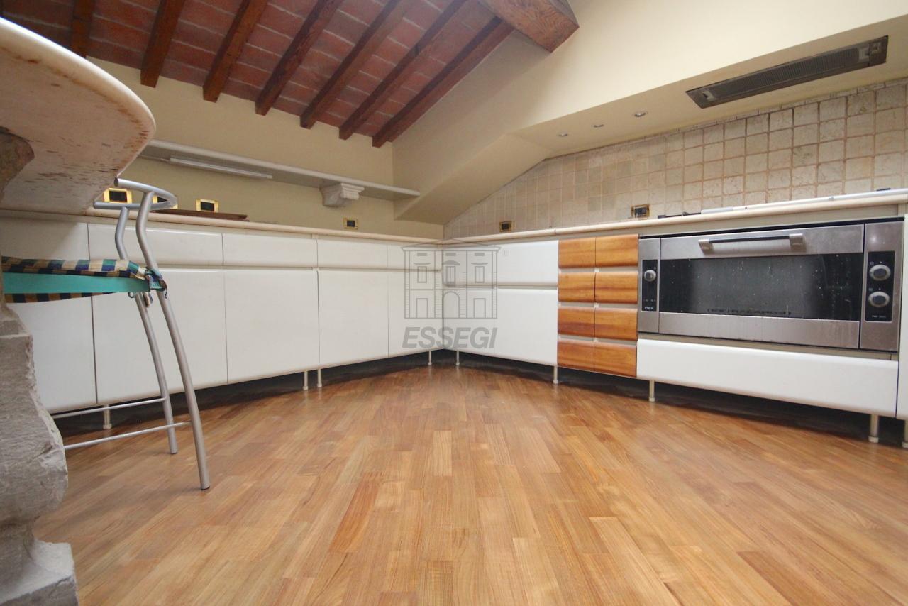Appartamento Lucca Circonvallazione IA01661 img 11