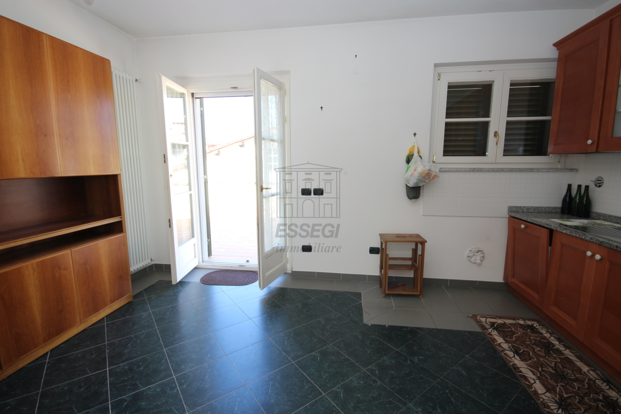 Appartamento Lucca Centro storico IA03259 img 24