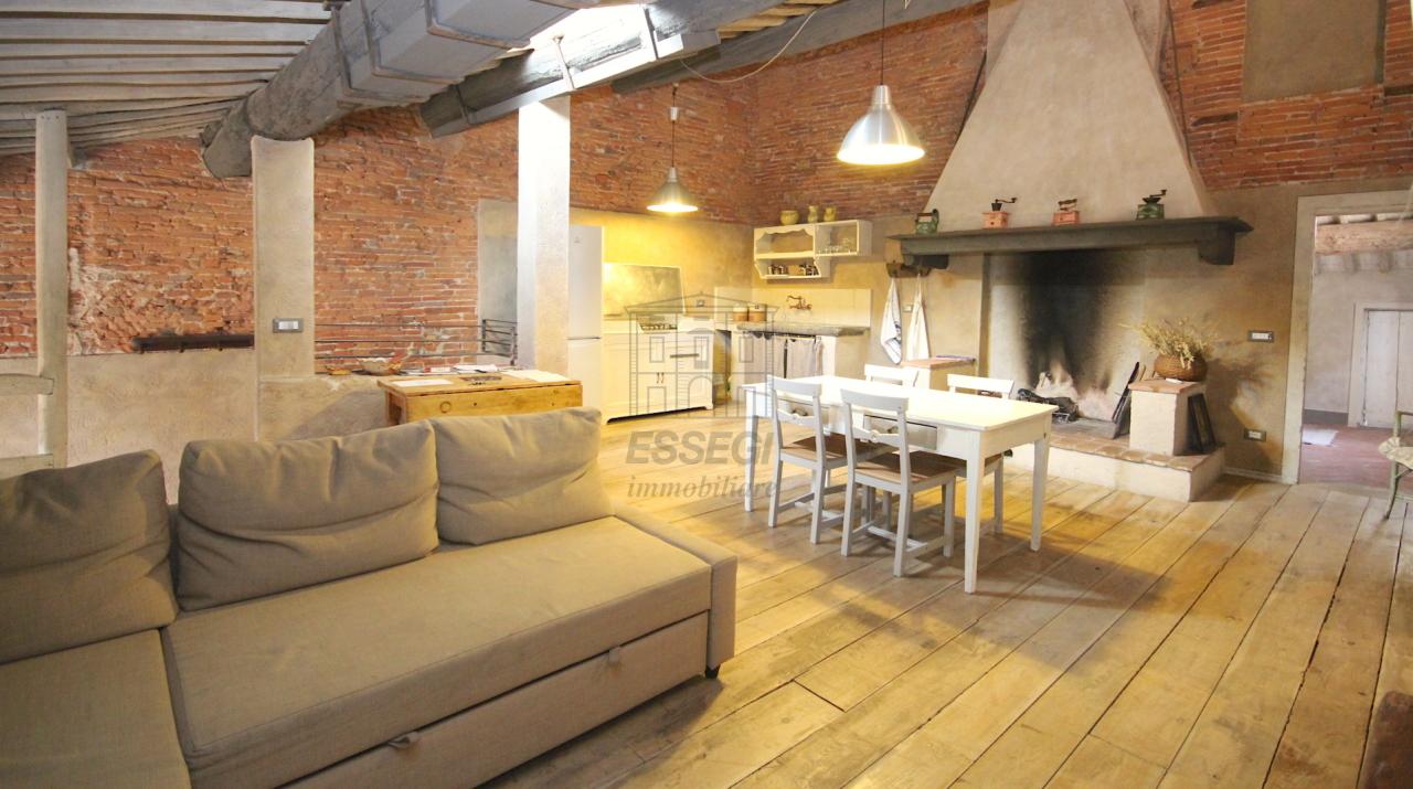 Appartamento Lucca Centro storico IA02850 img 35