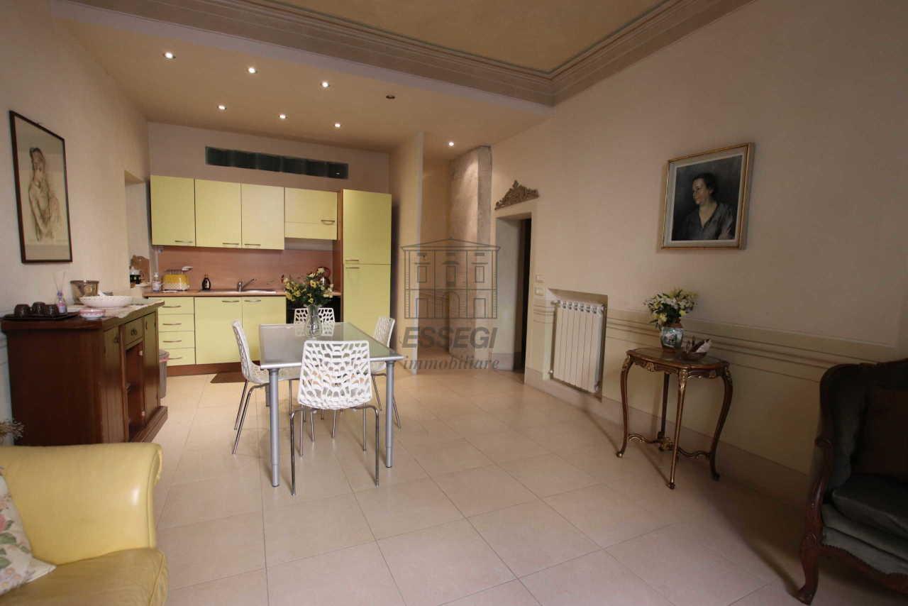 Appartamento Lucca Centro storico IA01460 img 2