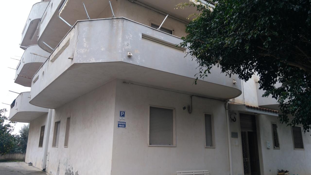 Appartamento in vendita a Condofuri, 5 locali, prezzo € 75.000 | CambioCasa.it