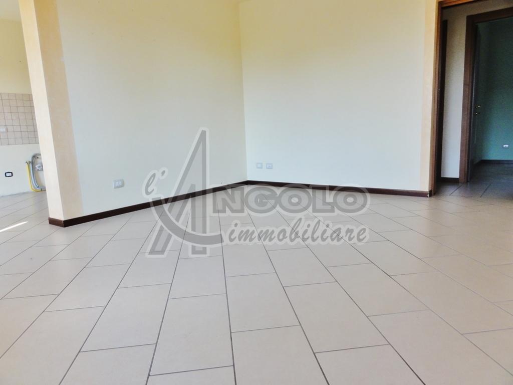 Appartamento in ottime condizioni in vendita Rif. 7516398