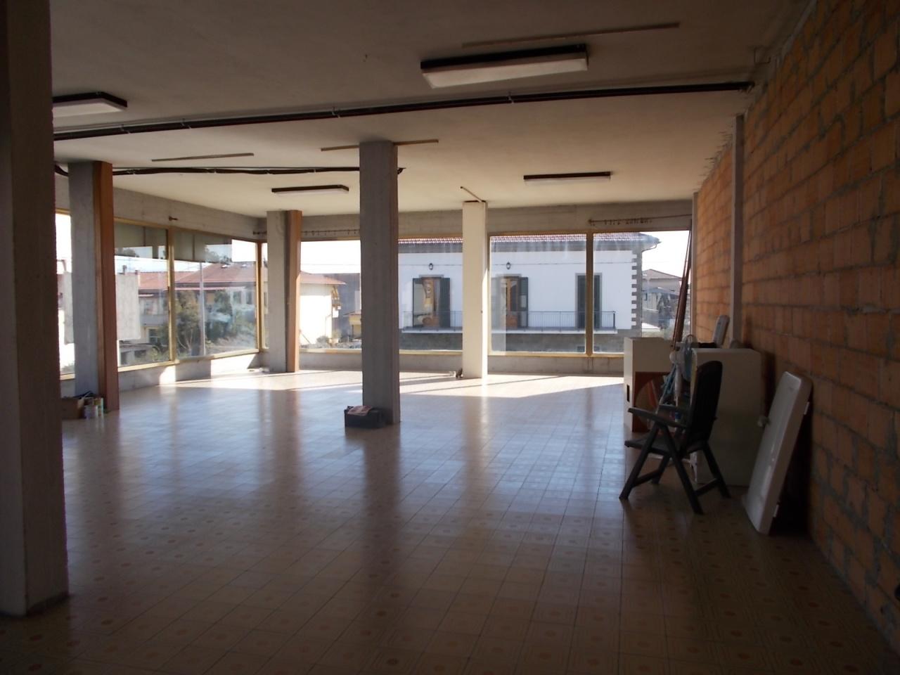 Capannone in affitto a Quarrata, 2 locali, prezzo € 1.300 | CambioCasa.it