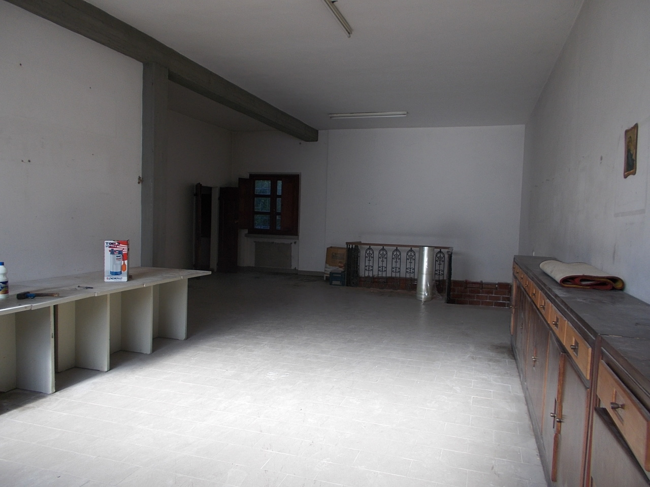 Appartamento in discrete condizioni in vendita Rif. 8239191