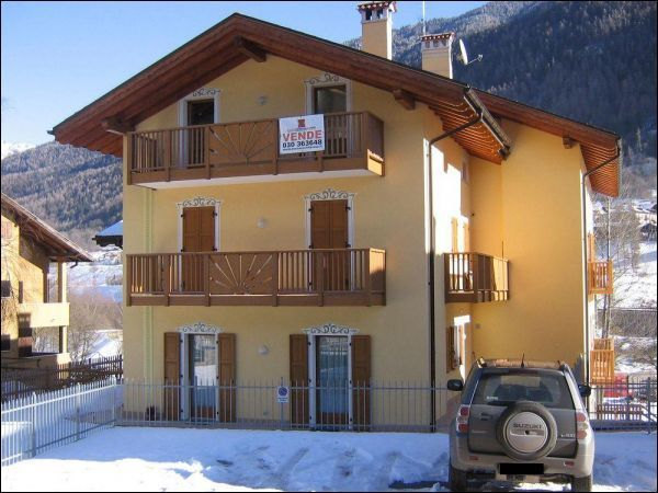 Appartamento in vendita a Strembo, 3 locali, prezzo € 270.000 | CambioCasa.it