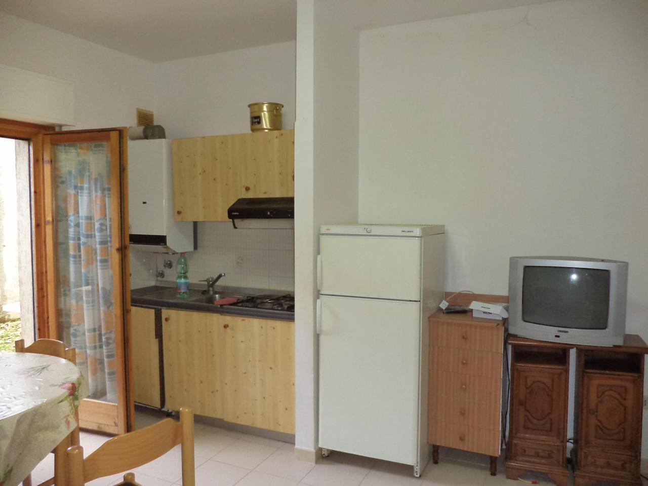 Appartamento in vendita a Caramanico Terme, 3 locali, prezzo € 50.000 | PortaleAgenzieImmobiliari.it