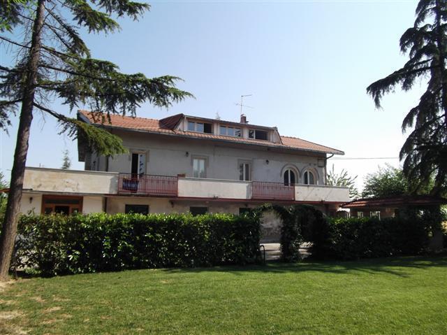 Casa Indipendente in buone condizioni in vendita Rif. 4151764