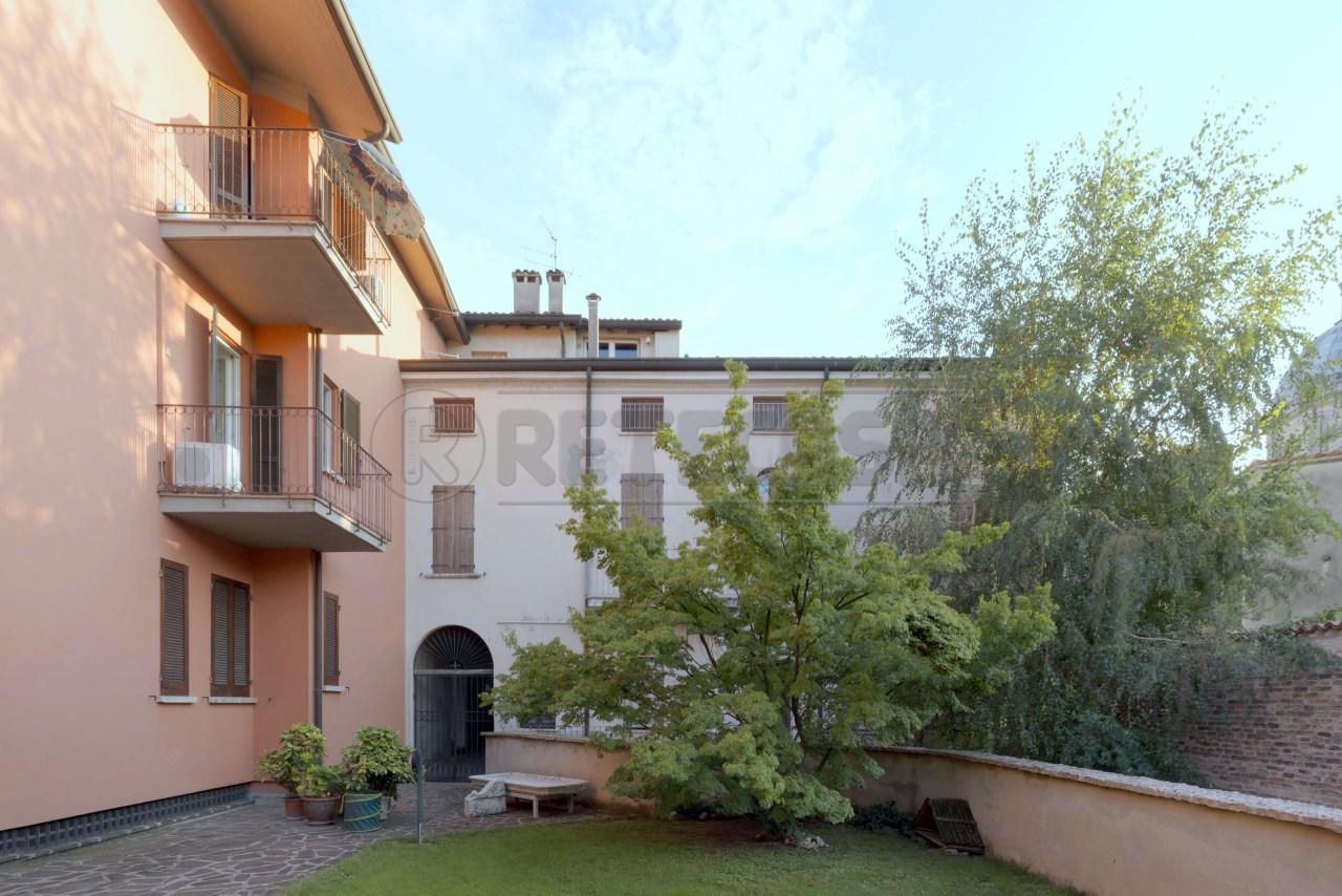 Appartamento in affitto a Mantova, 4 locali, prezzo € 530 | CambioCasa.it