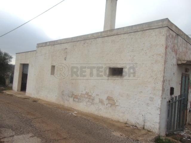 Casa Indipendente in discrete condizioni in vendita Rif. 5993140
