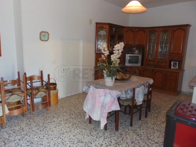 Casa Indipendente in discrete condizioni in vendita Rif. 9191108