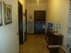 Bilocale in Affitto a Bergamo, zona QUARTIERE COLOGNOLA, 450€, 80 m², arredato