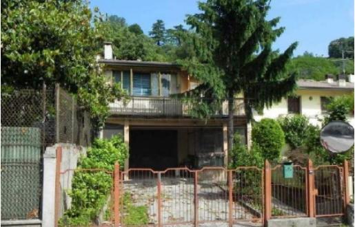Casa Indipendente da ristrutturare in vendita Rif. 10763702