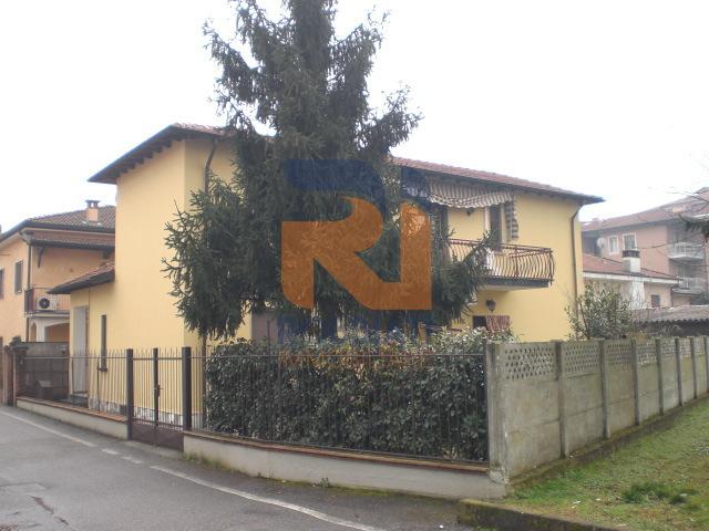Villa in vendita a San Genesio ed Uniti, 5 locali, prezzo € 230.000 | PortaleAgenzieImmobiliari.it
