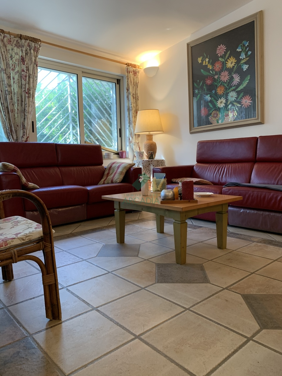 Villa in buone condizioni in vendita Rif. 7372622
