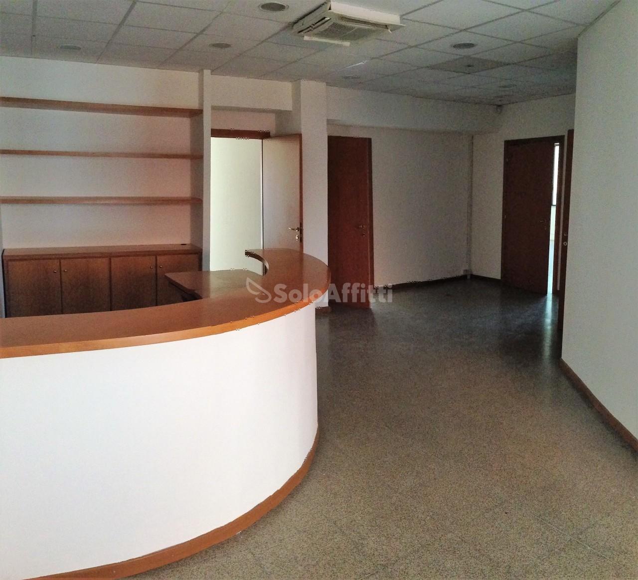 Ufficio - 4 locali a Ariccia Rif. 10121397