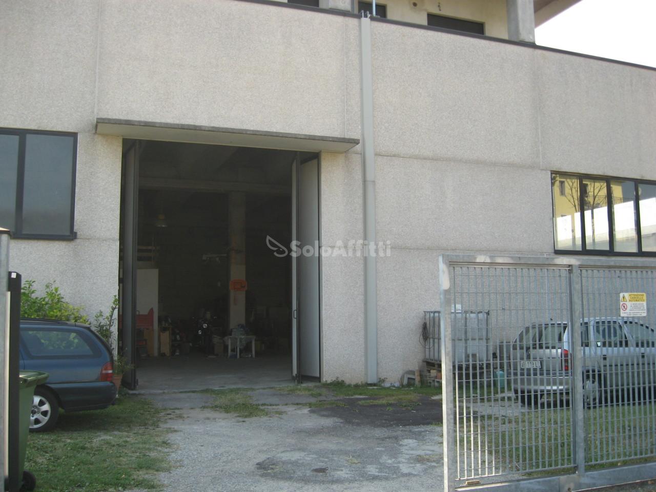 Capannone - Indipendente a Sant'Agata, Cassina de' Pecchi Rif. 6326139