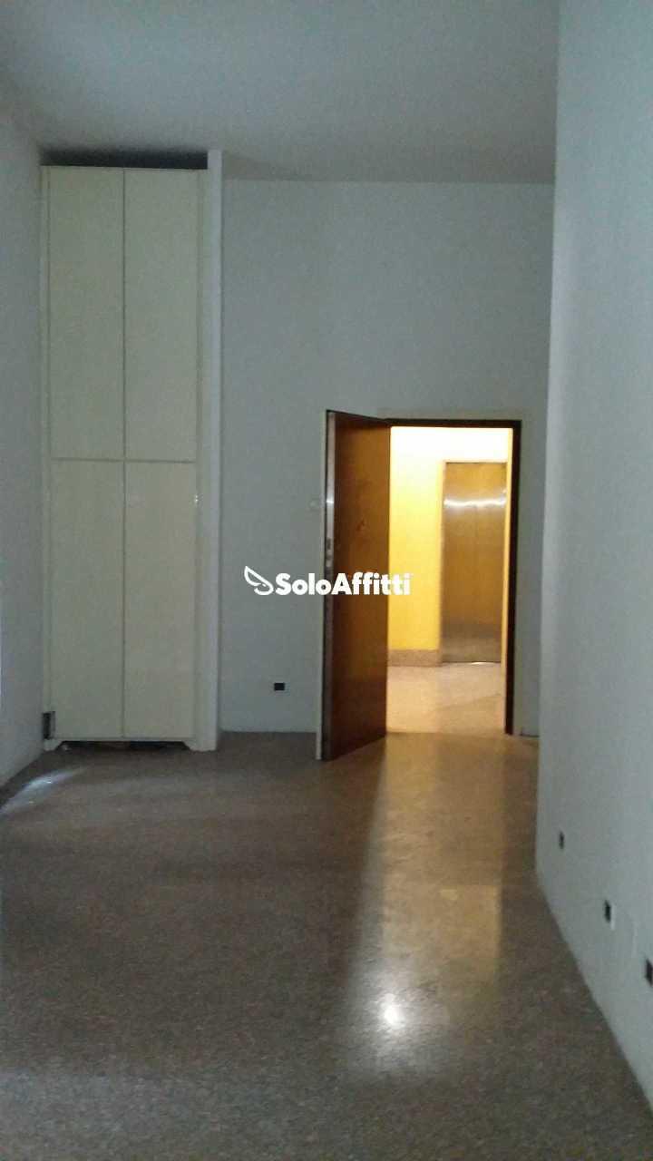 Ufficio - 3 locali a Centro, Milano Rif. 12171476
