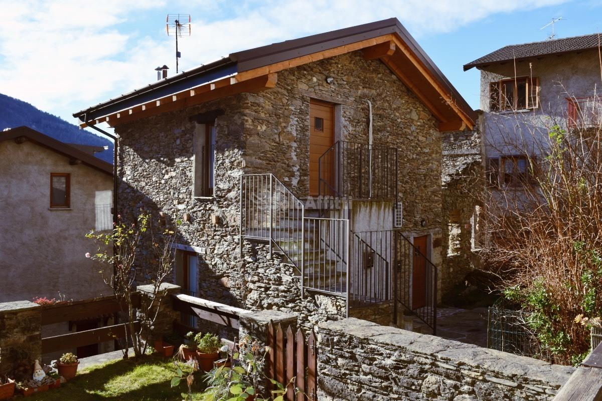 Appartamento in affitto a Dervio, 2 locali, prezzo € 600 | PortaleAgenzieImmobiliari.it