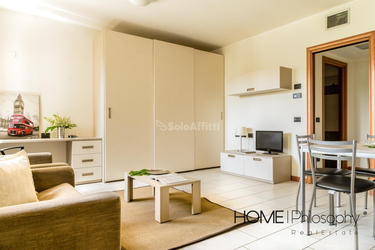 Immobili in affitto milano sempione case uffici e for Appartamento arredato milano