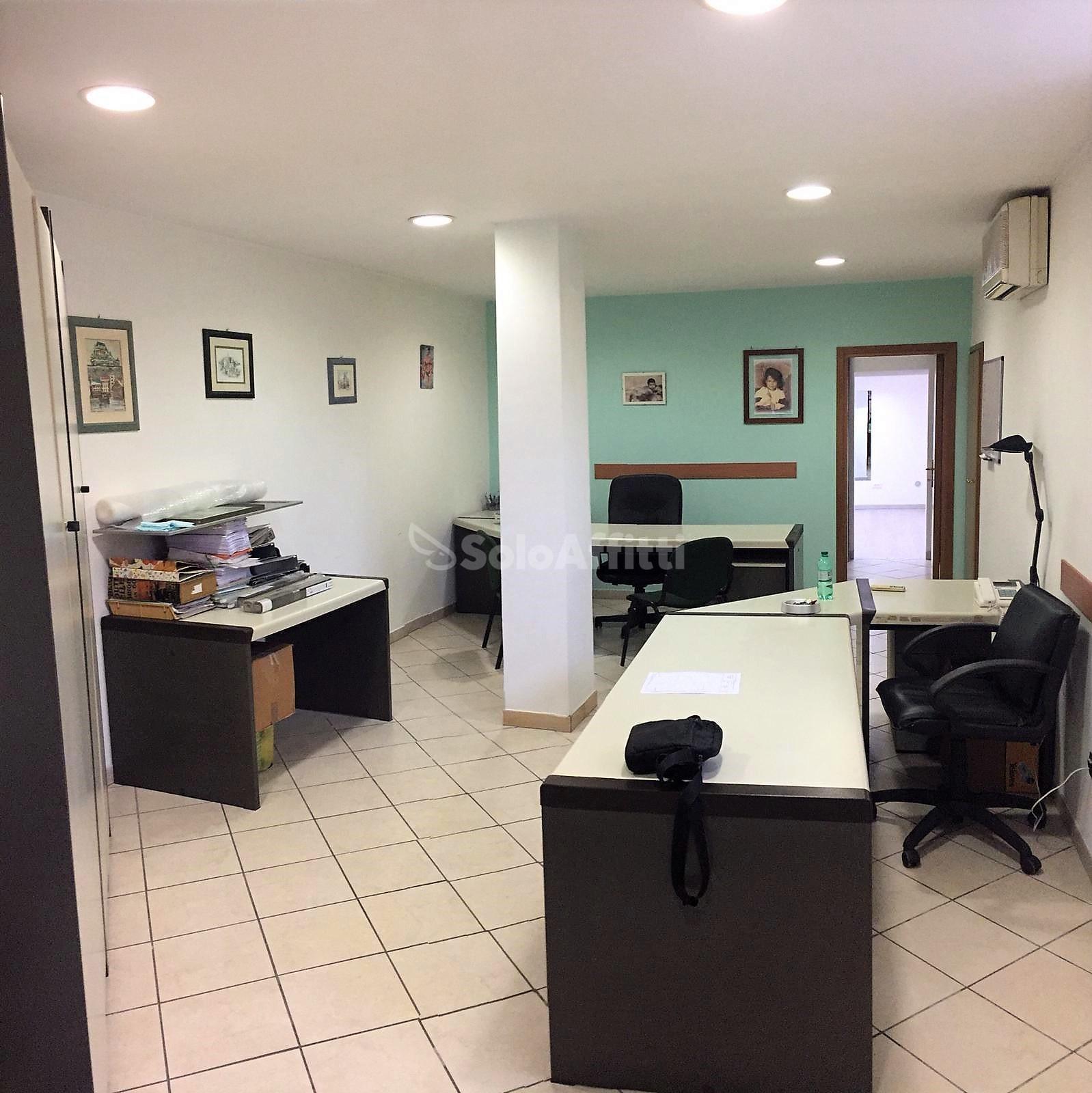 Ufficio 3 locali Arredato