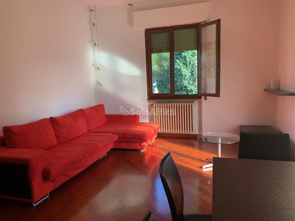 Casa Indipendente in buone condizioni arredato in affitto Rif. 10484487