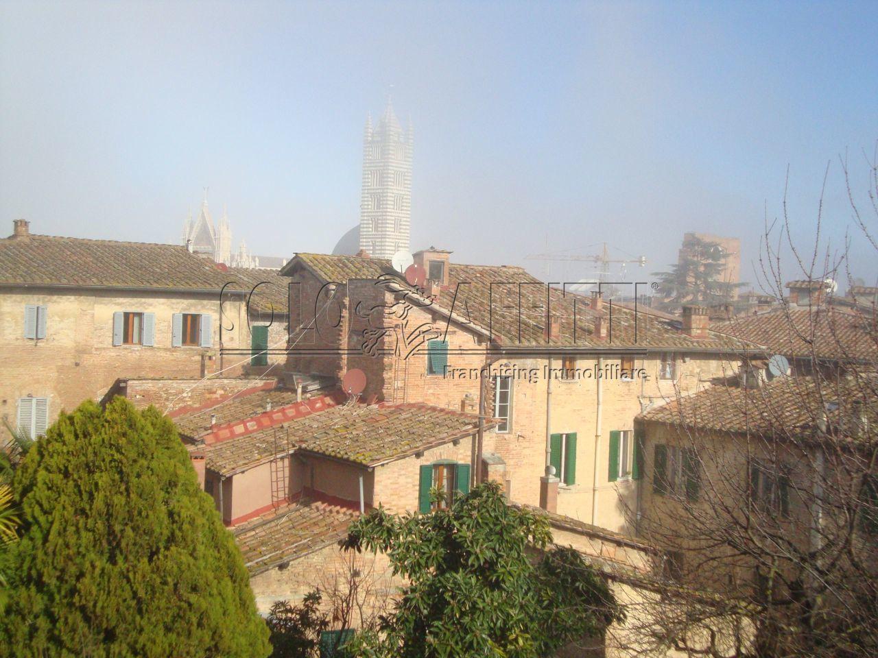 Appartamento - Altro a Centro storico, Siena