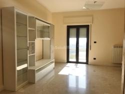 Trilocale in Affitto a Catanzaro, zona Rione De Filippis, 500€, 100 m², arredato