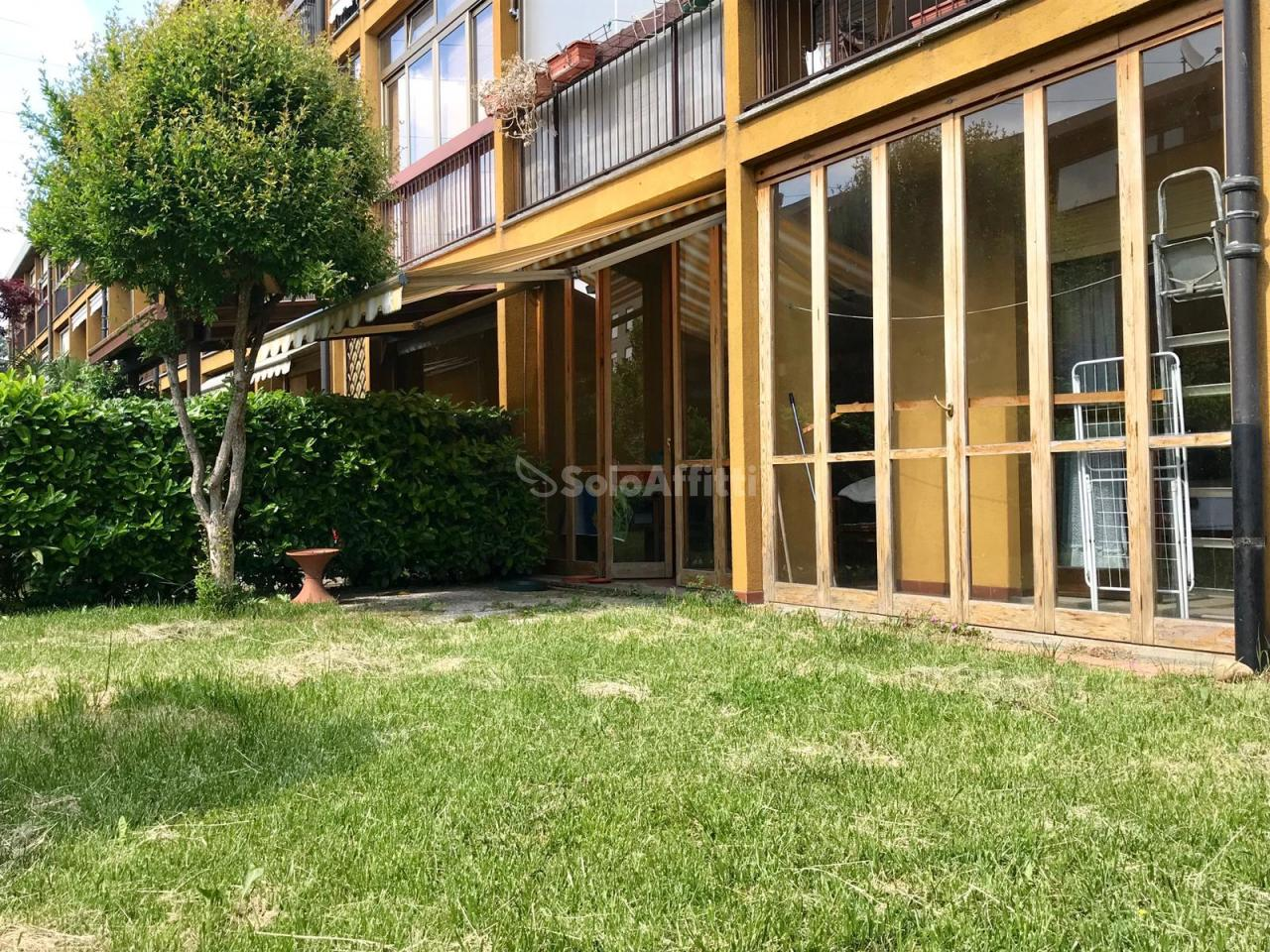 Quadrilocale in buone condizioni in affitto Rif. 10694909