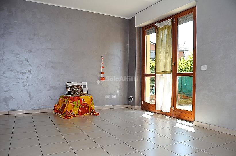Bilocale in ottime condizioni in affitto Rif. 10354188