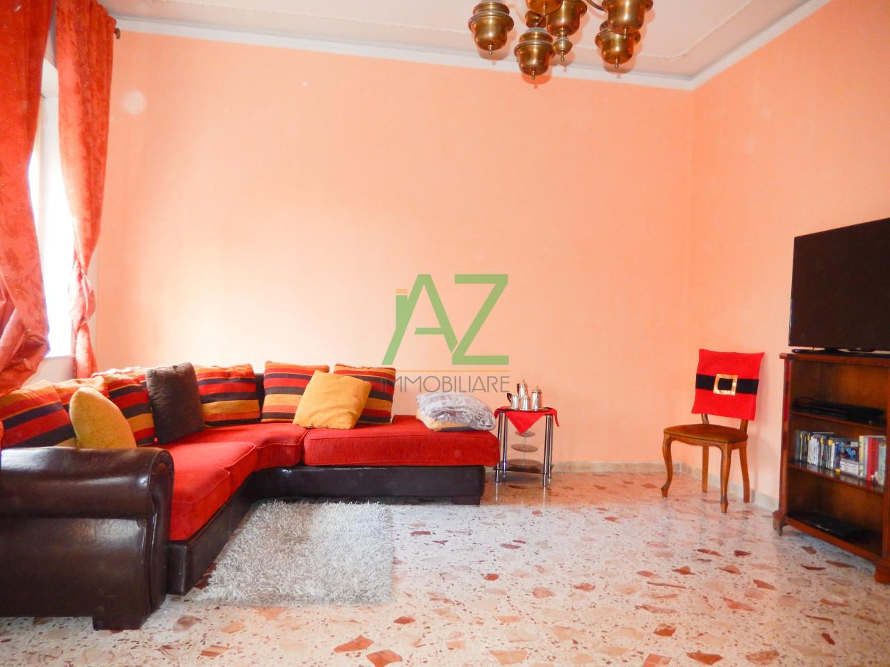Appartamento da ristrutturare in vendita Rif. 10530718
