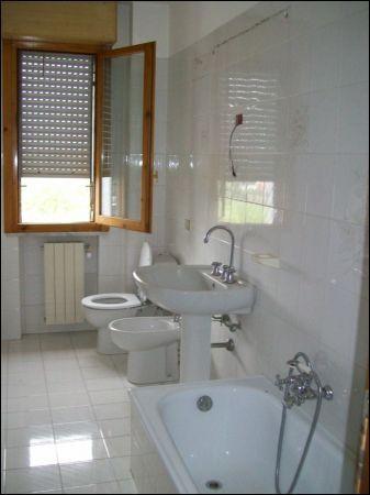 Appartamento in buone condizioni in vendita Rif. 9431581
