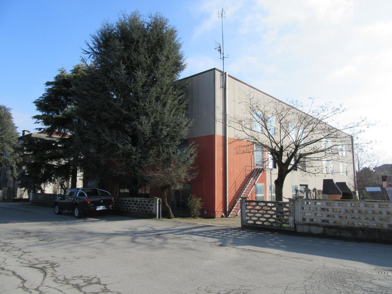 Capannone / Fondo - Commerciale a Noceto Rif. 4142162