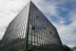 Ufficio in Vendita a Aosta, 168'000€, 100 m², con Box