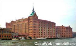 Bilocale in Vendita a Venezia, zona Giudecca, 380'000€, 65 m², arredato