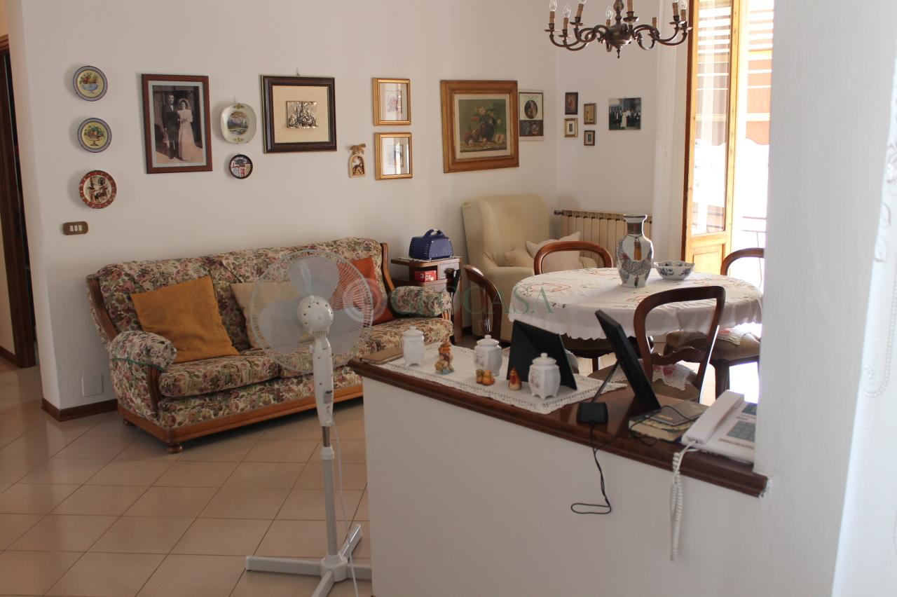 Appartamento in vendita a Bolano, 4 locali, prezzo € 150.000 | CambioCasa.it