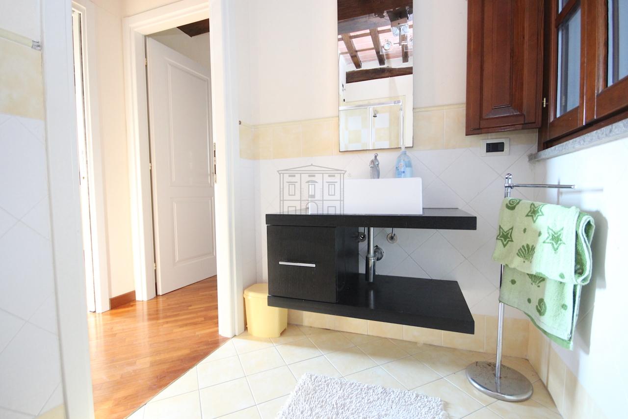 Appartamento Lucca IA01496 img 10