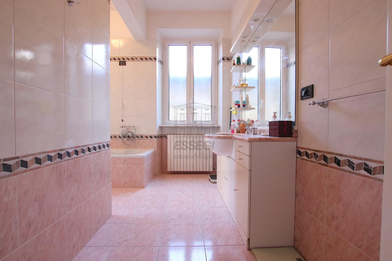Appartamento Lucca Centro storico IA03526 img 14