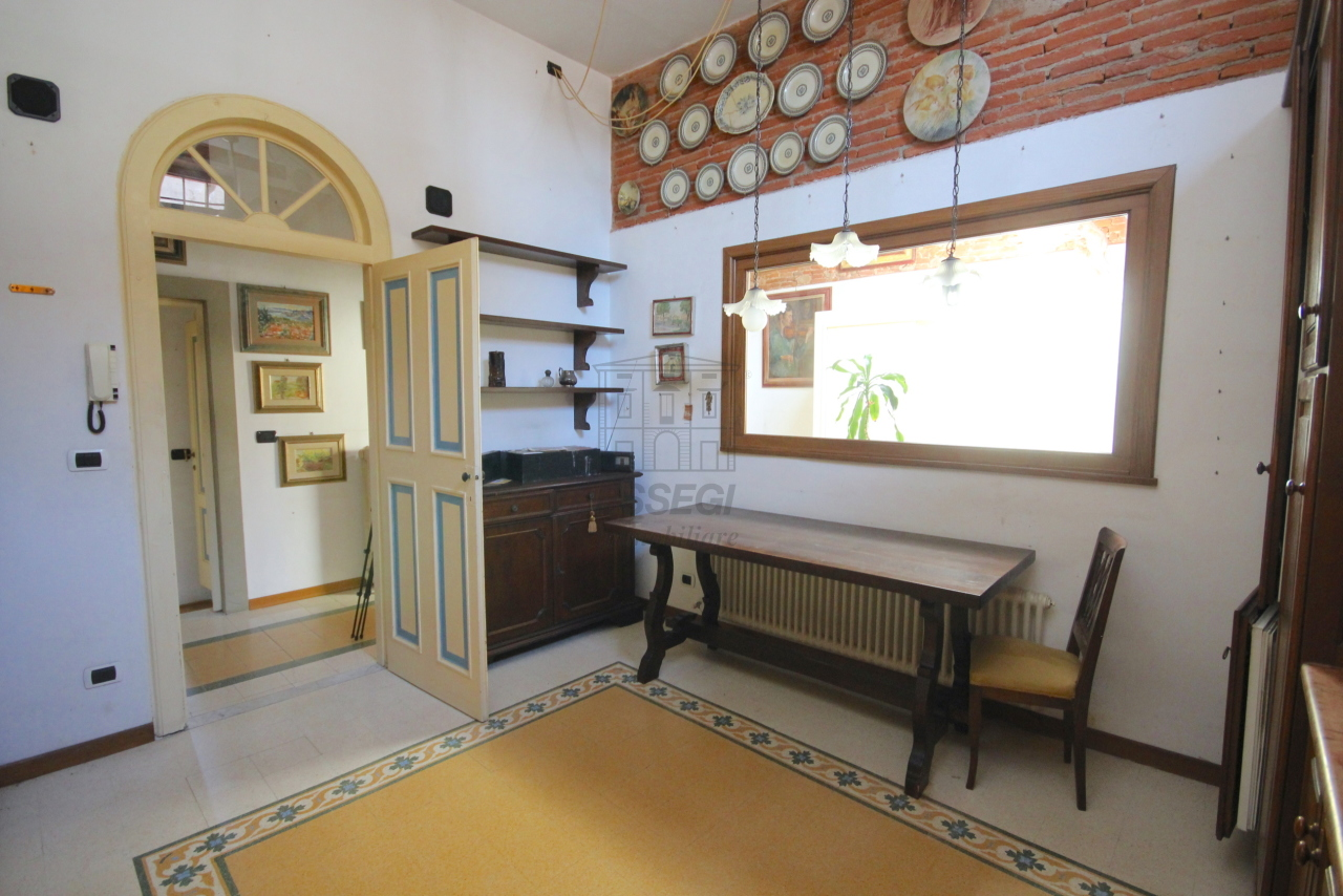 Appartamento Lucca Centro storico IA03358 img 13