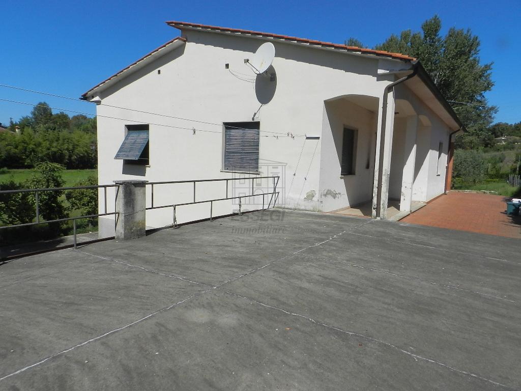 Villa singola Lucca Monte S. Quirico IA03402 img 13