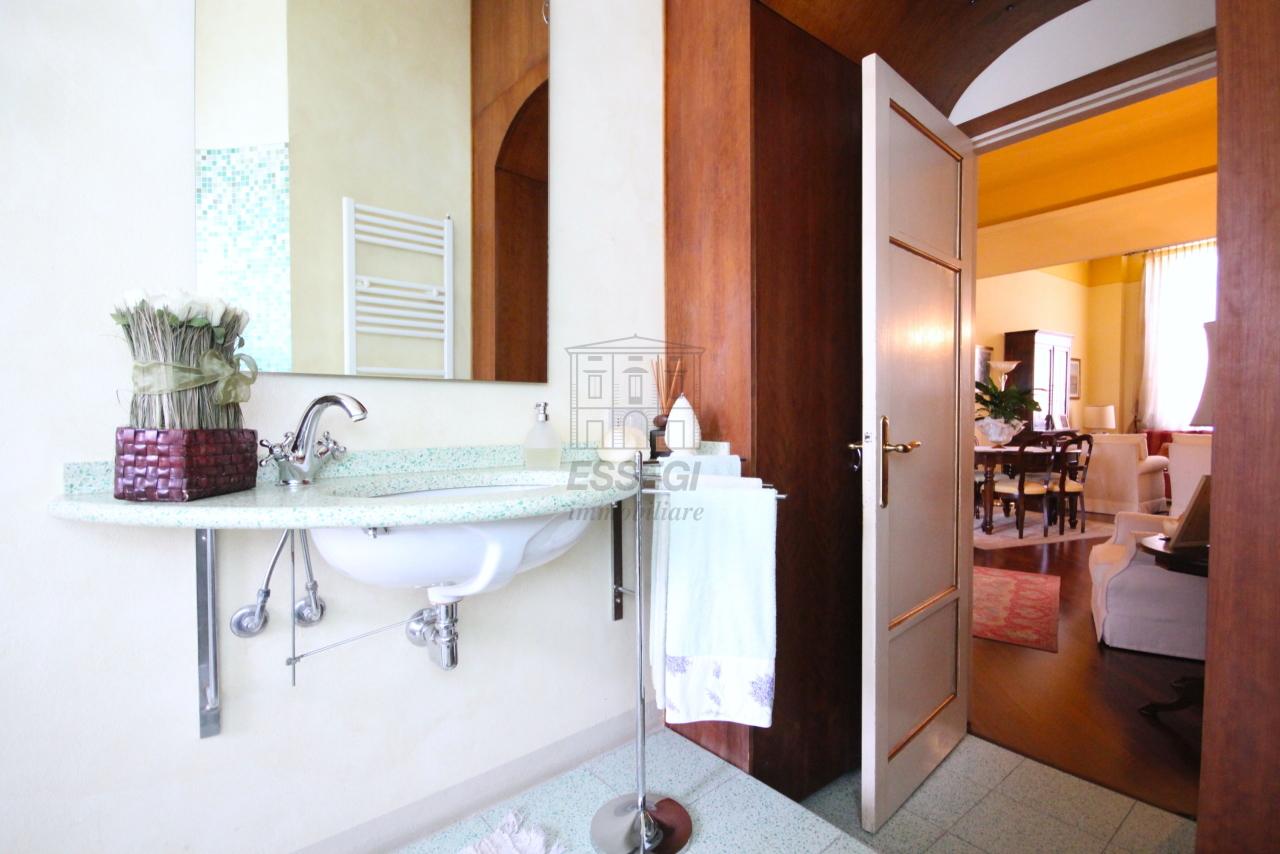 Appartamento Lucca Centro storico IA03415 img 16
