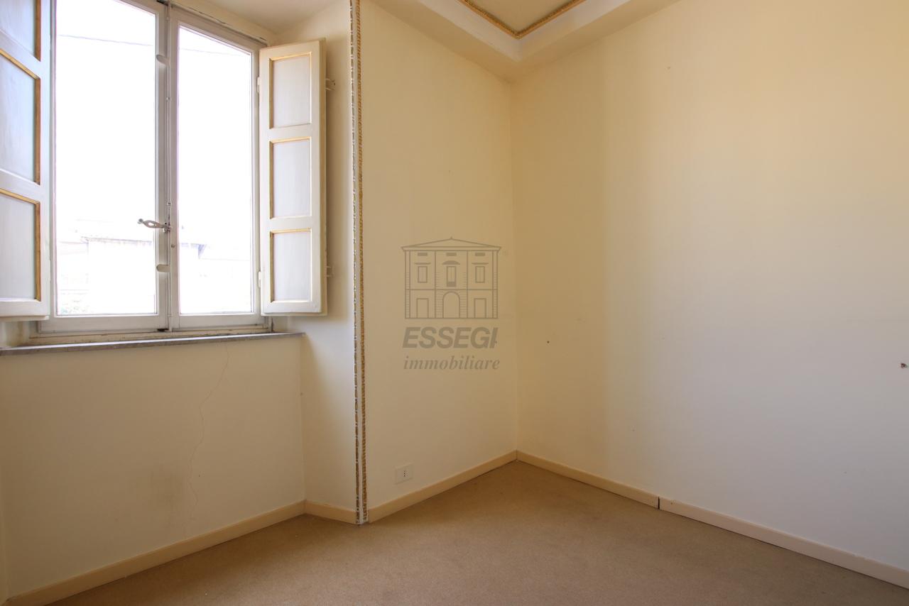 Appartamento Lucca Centro storico IA03468 img 17