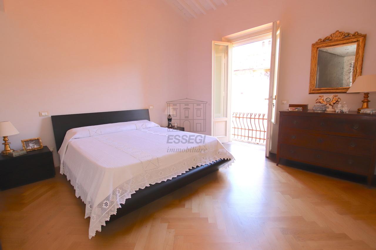 Appartamento Lucca Centro storico IA03502 img 50