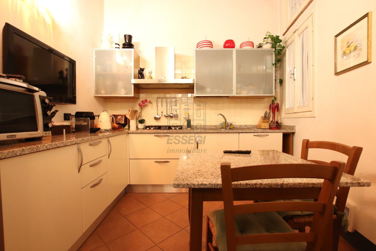 Appartamento Lucca Centro storico IA03524 img 10